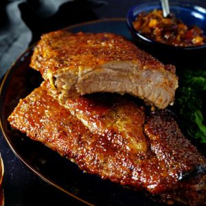 How to Cook Juicy, Flavorful Ribs in the Oven