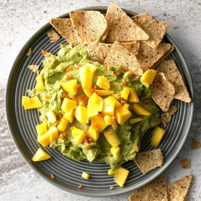 Mango And Habanero Guacamole Exps Tmbstk18 255171 Guacamole C10 29 1b 2