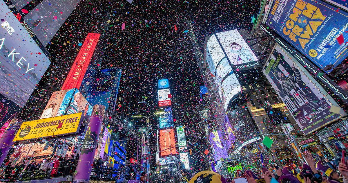 This Is What to Expect for New Year's Eve in Times Square ...