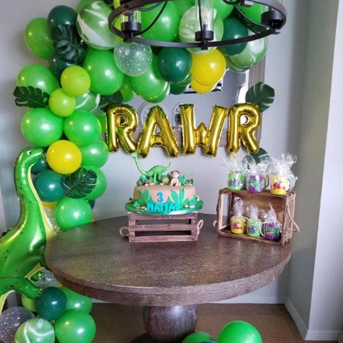 Dinosaur Party Decorations, 150 pcs Dino Birthday Decor, Jurassic Theme Balloon Arch, Kids Boys Balloon Garland Kit, Roar T-Rex Balloons