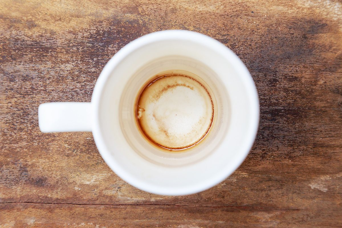 How To Clean A Coffee Mug And Ditch Those Stains