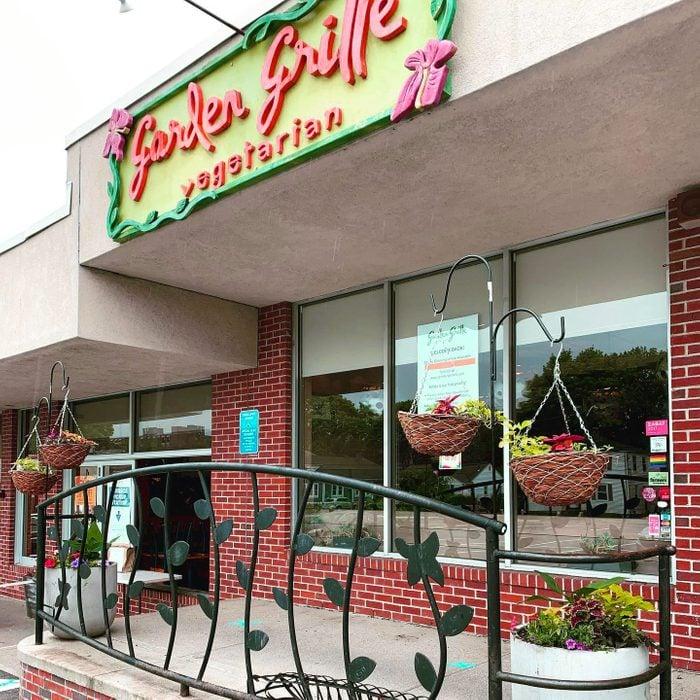 Best vegetarian and vegan restaurant in Rhode Island Garden Grille