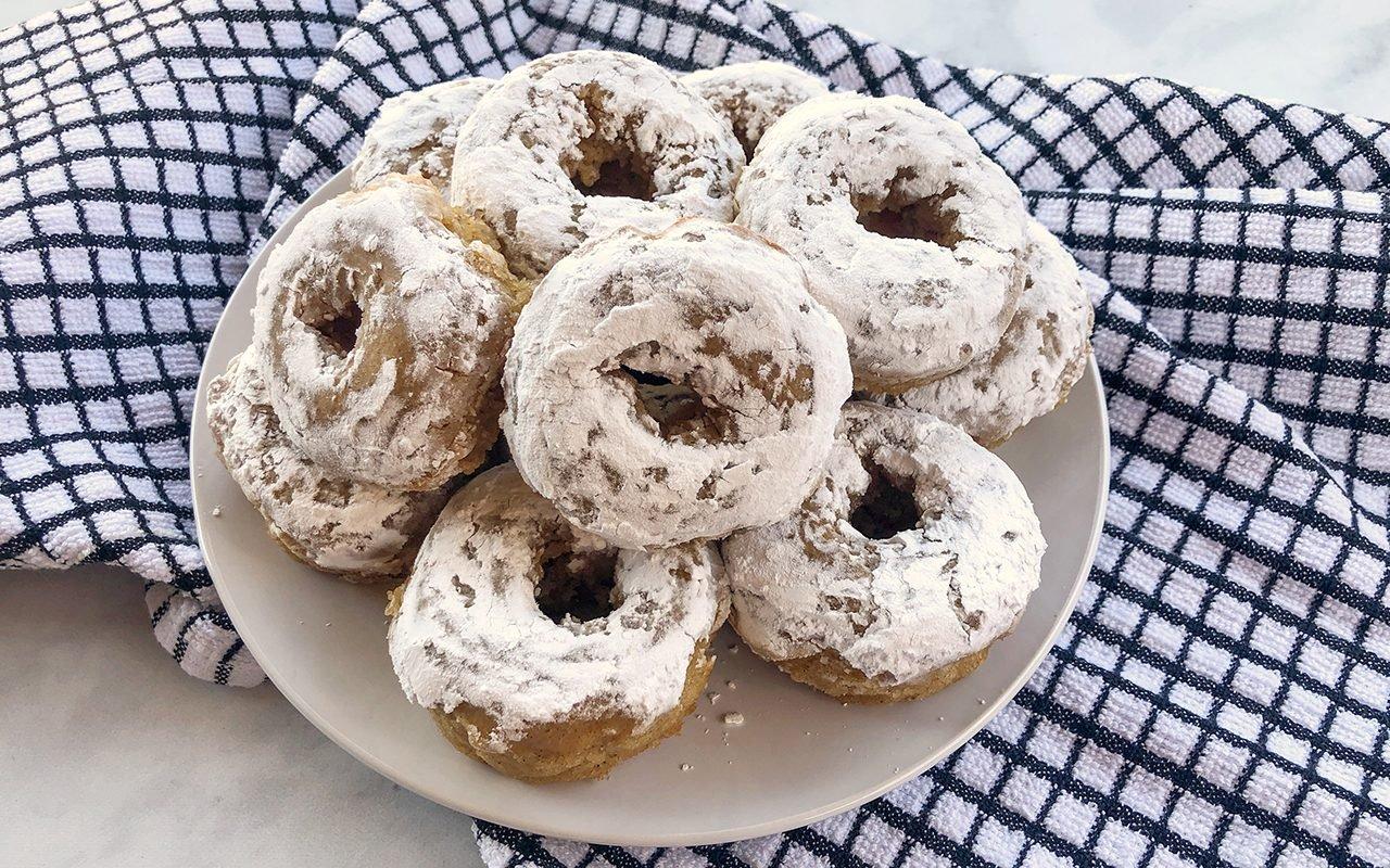 How to Make Doughnuts Without a Doughnut Pan