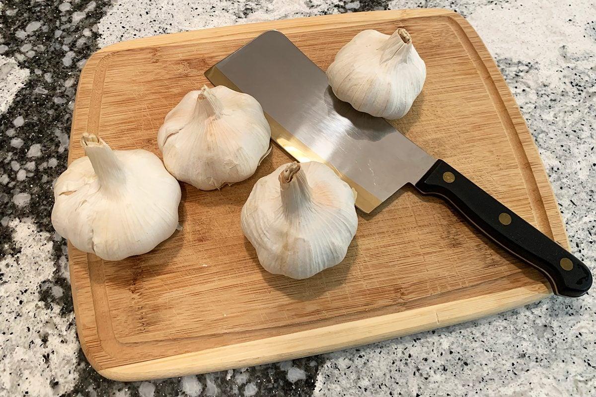 TikTok Garlic Peeling Hack