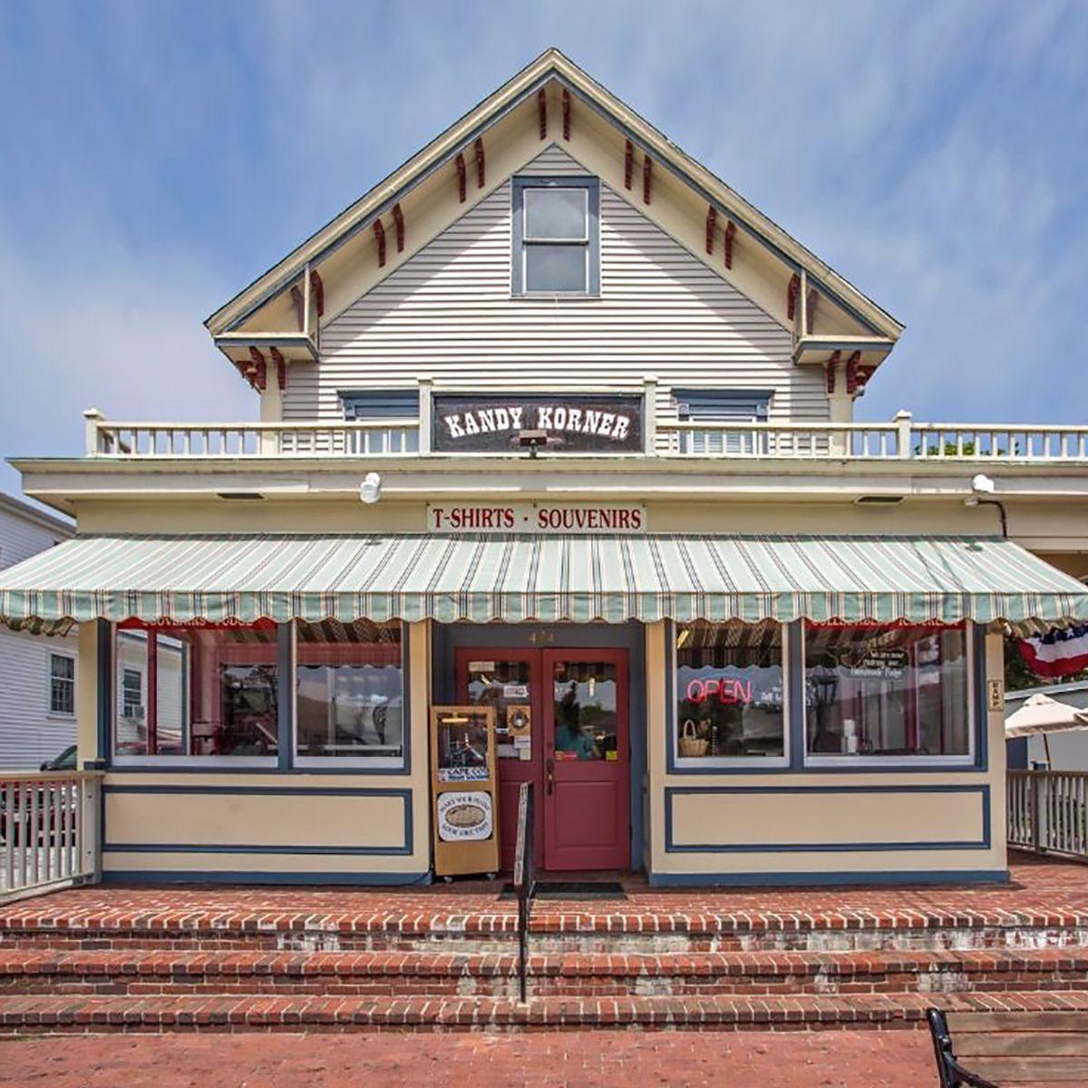 The Best Fudge Shop in Massachusetts - Kandy Korner