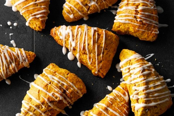 -moist-pumpkin-scones
