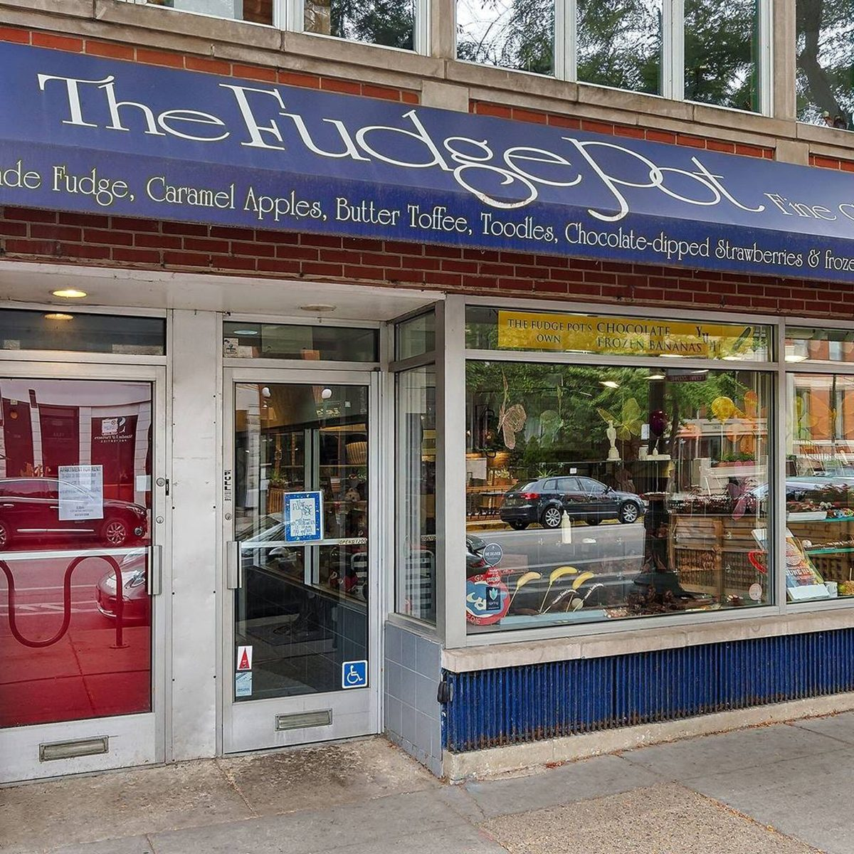 The Best Fudge Shop in Illinois - The Fudge Pot