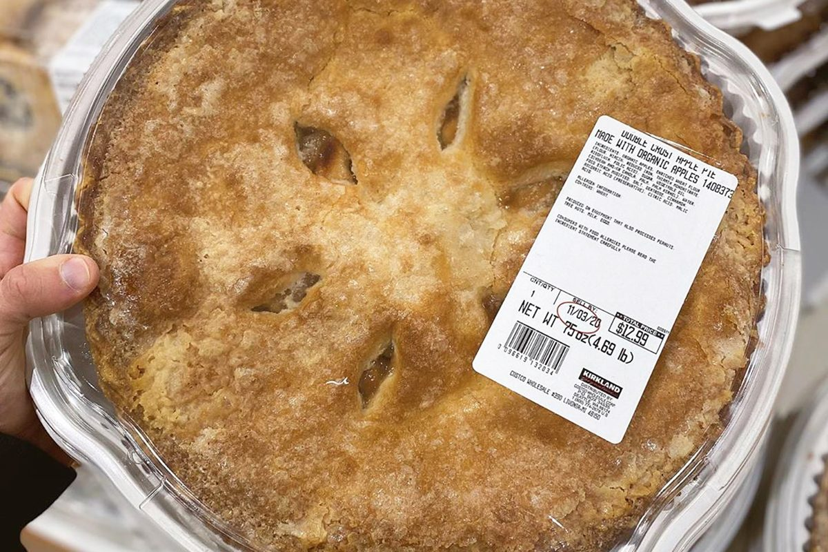 Costco Is Selling a GIANT 20 Pound Double Crust Apple Pie
