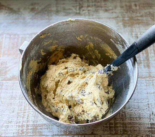 Nutella Stuffed Cookie Dough Process Shot