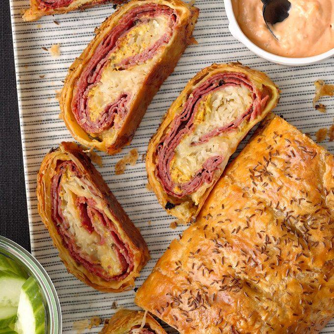 Reuben Puff Pastry Stromboli Exps Hca21 232851 B10 15 9b 6