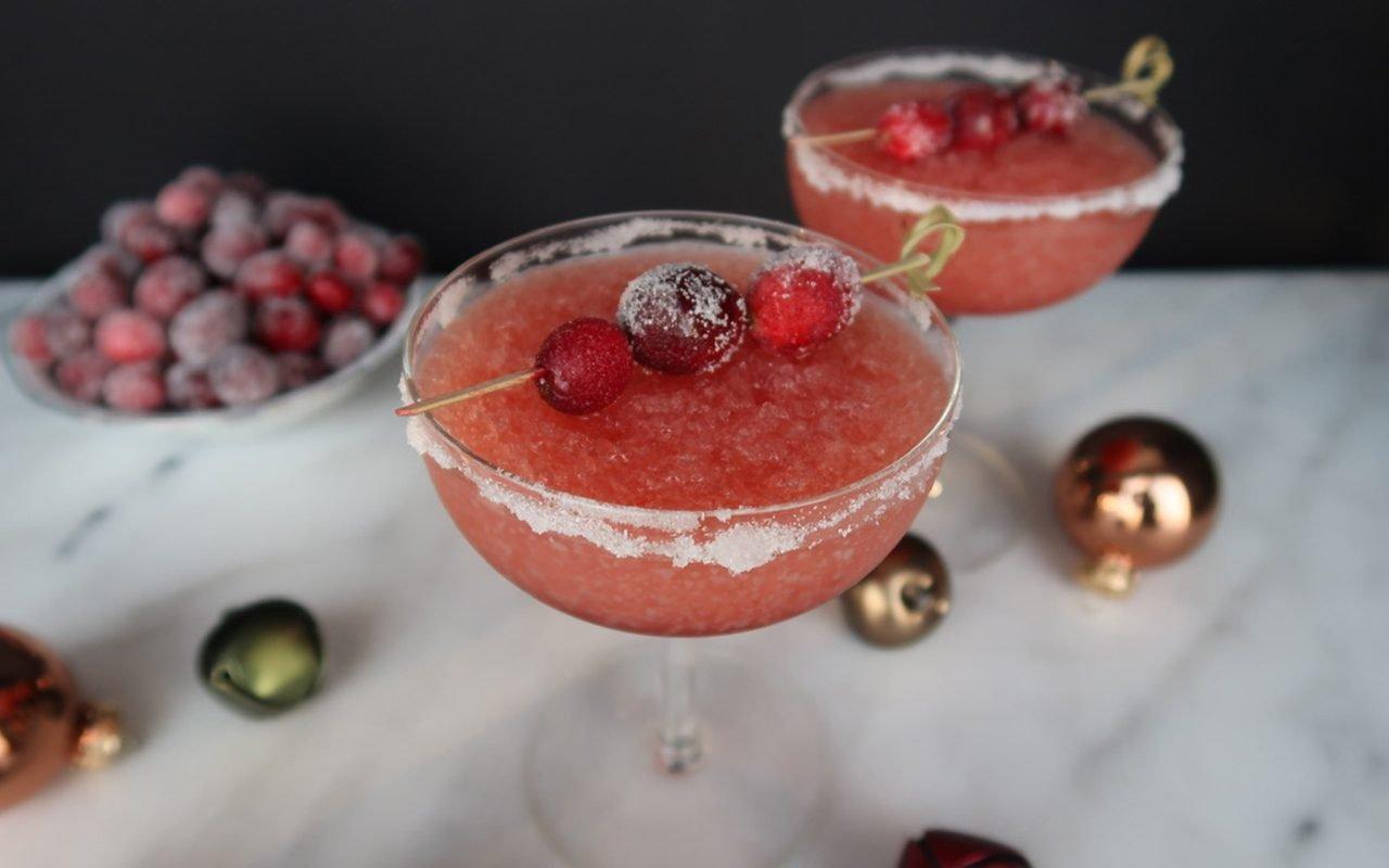 frozen alcoholic christmas drinks, frozen cranberry juice cocktail