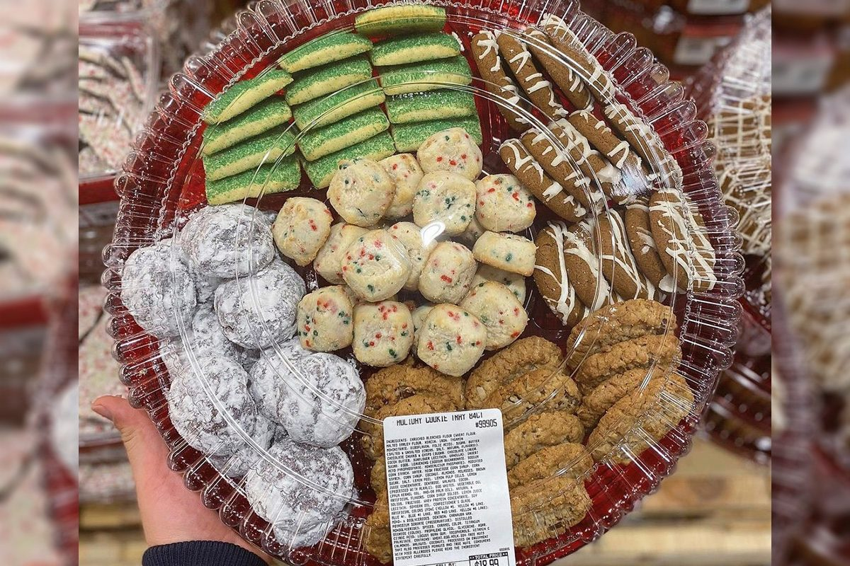 Costco has holiday cookie trays