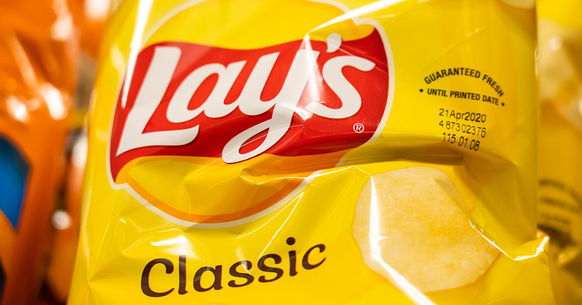 Lay's Just Dropped This NEW Flavor, and We Seriously Can't Stop Snacking