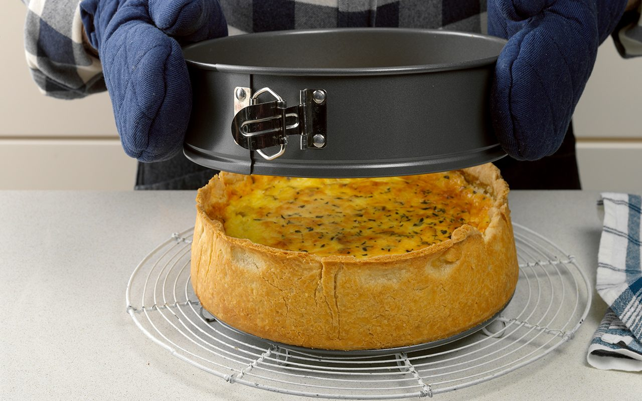 Cool on a wire rack how to make quiche lorraine