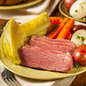 How to Make Corned Beef in the Oven