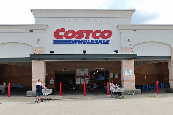 PEMBROKE PINES, FLORIDA - JULY 16: Customers wearing face masks leaving a Costco Wholesale store on July 16, 2020 in Pembroke Pines, Florida. Some major U.S. corporations are requiring masks to be worn in their stores upon entering to control the spread of COVID-19. (Photo by Johnny Louis/Getty Images)