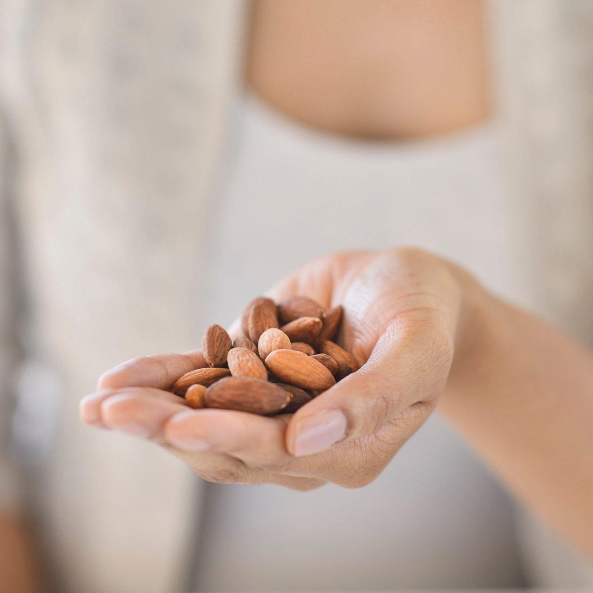 paleo snacks handful of nuts