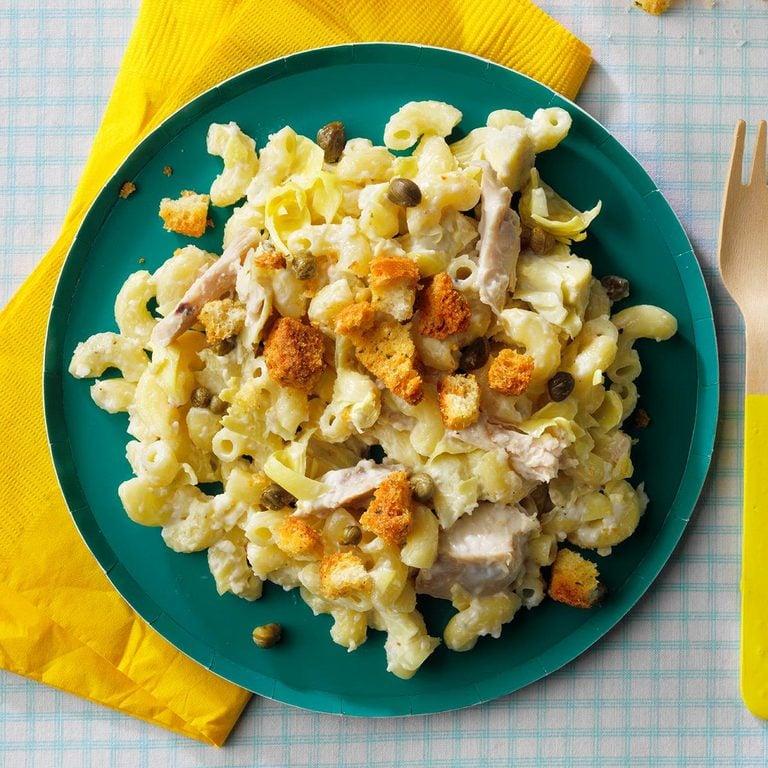 Chicken Caesar Macaroni Salad Exps Tohjj21 258991 E02 03 5b
