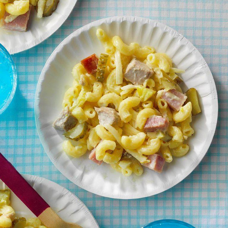 Cubano Macaroni Salad Exps Tohjj21 258989 E02 03 4b