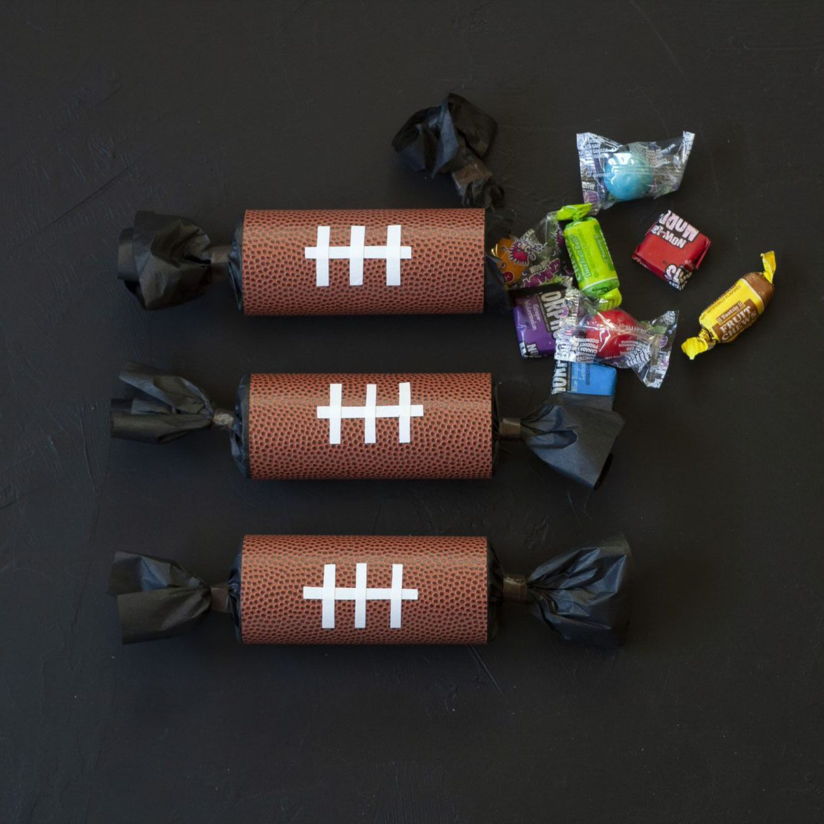 Football Party Poppers