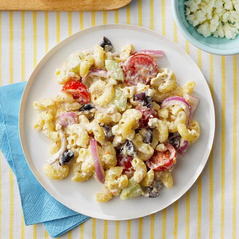Grecian Macaroni Salad Exps Tohjj21 258988 E02 03 9b 1