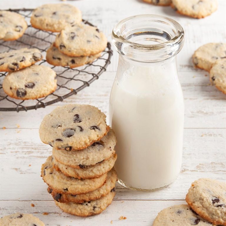 Keto Chocolate Chip Cookies Exps Ft21 261384 F 0127 1