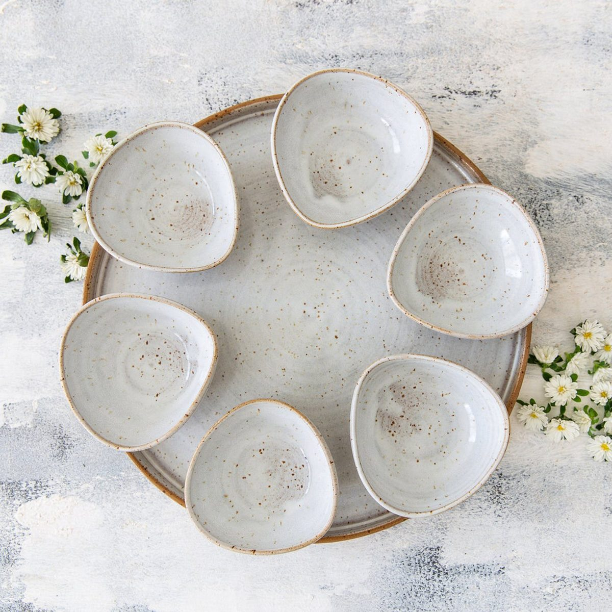 13 Gorgeous Seder Plates For Celebrating Passover