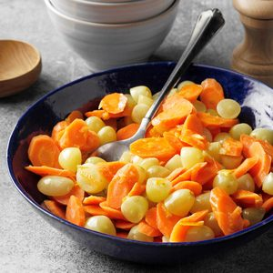 Glazed Carrots with Green Grapes