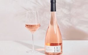The Best Wines for a Bridal Shower According to a Sommelier