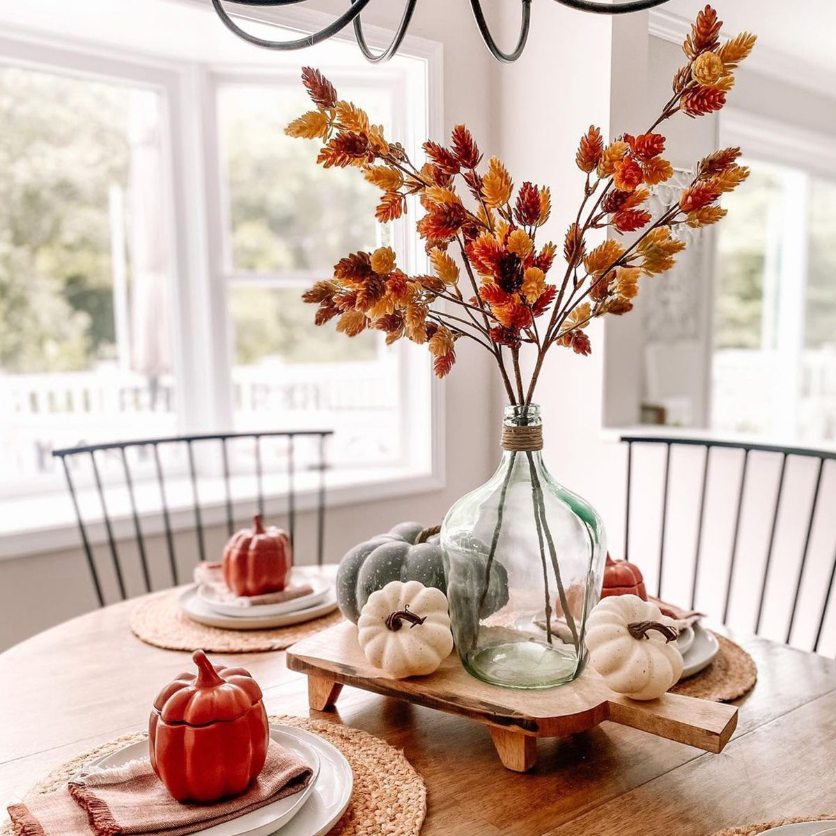 20 Fall Centerpieces for the Table That You Can DIY [with Photos]
